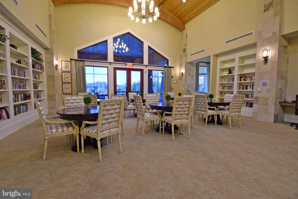 Community Center - library & gathering space - 238 LONG POINT DR, FREDERICKSBURG