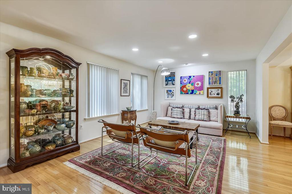View of living room from entrance - 10722 CROSS SCHOOL RD, RESTON