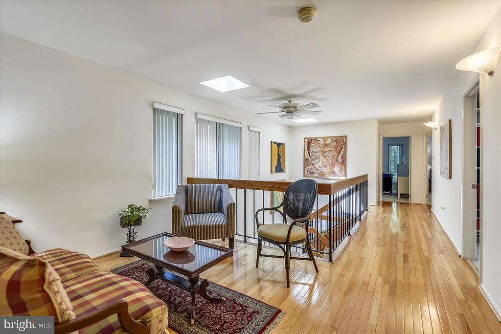 Upper level hallway and flex space - 10722 CROSS SCHOOL RD, RESTON