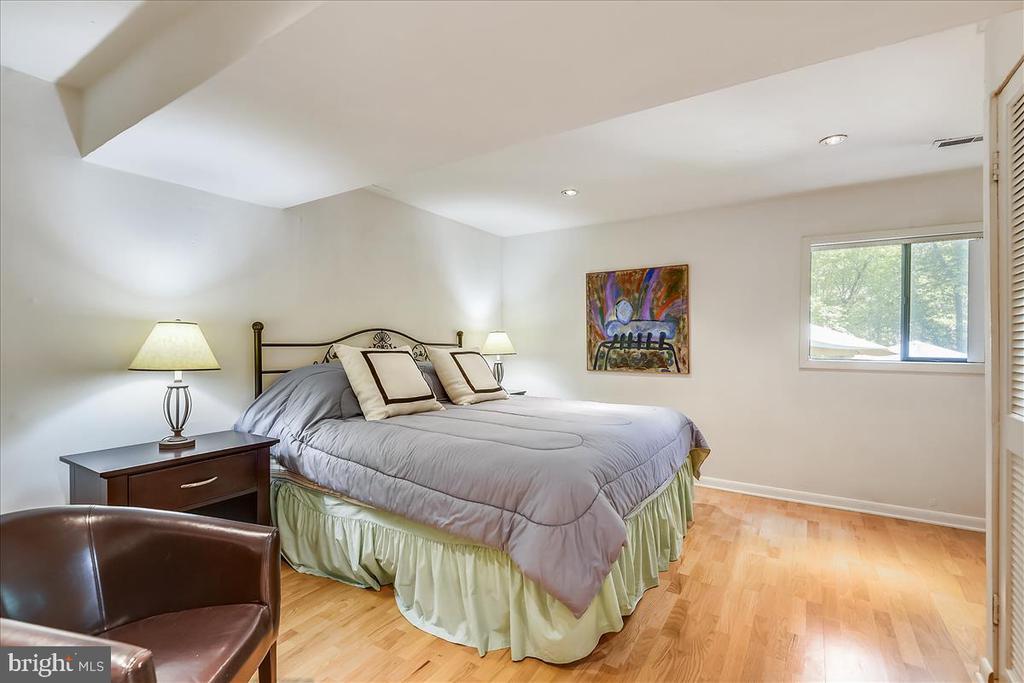 Bedroom 5 - 10722 CROSS SCHOOL RD, RESTON