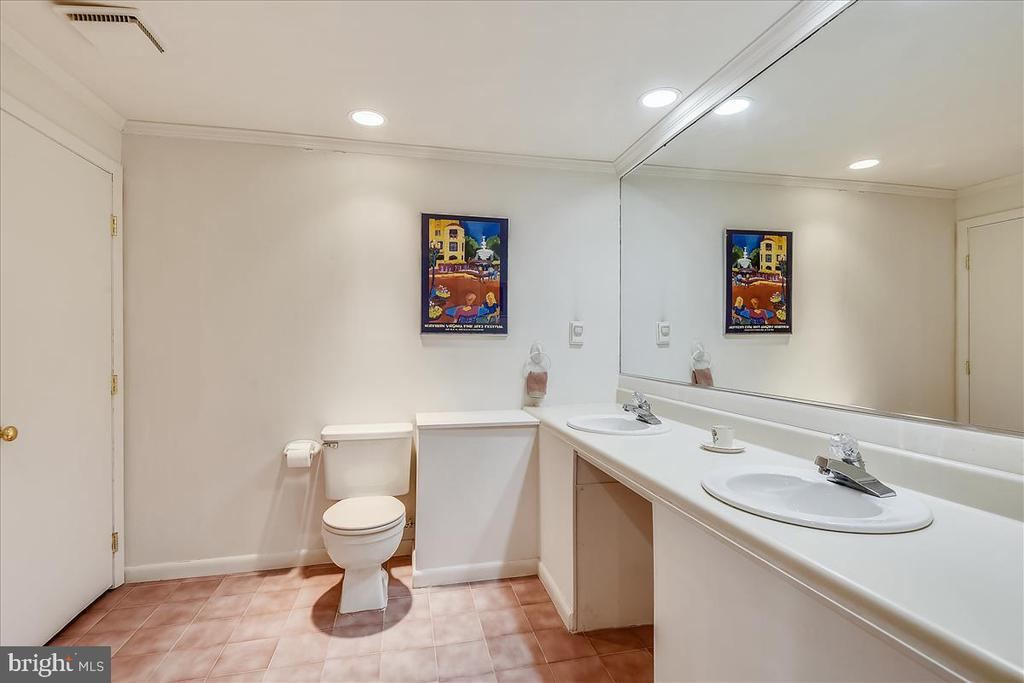Lower level full bathroom - 10722 CROSS SCHOOL RD, RESTON