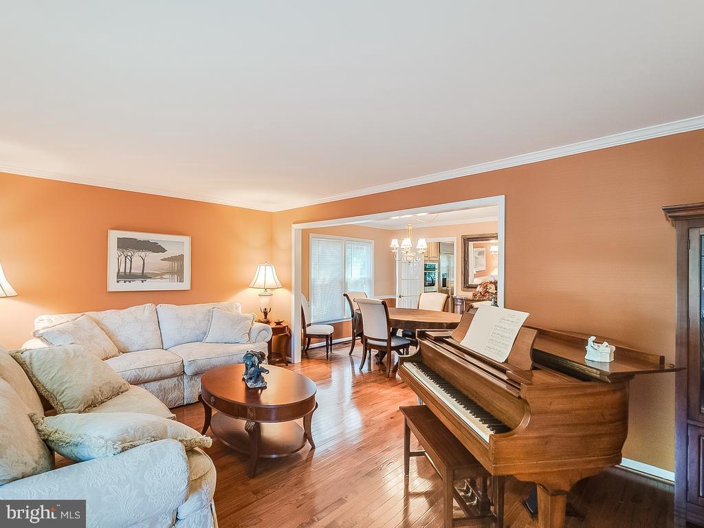 Living Room to Dining Room - 304 RAFT CV, STAFFORD