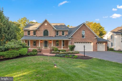 3188 RIVER VALLEY CHASE