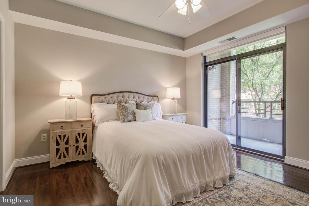 Bedroom - 525 N FAYETTE ST #222, ALEXANDRIA