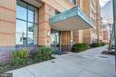 Building entry - 525 N FAYETTE ST #222, ALEXANDRIA
