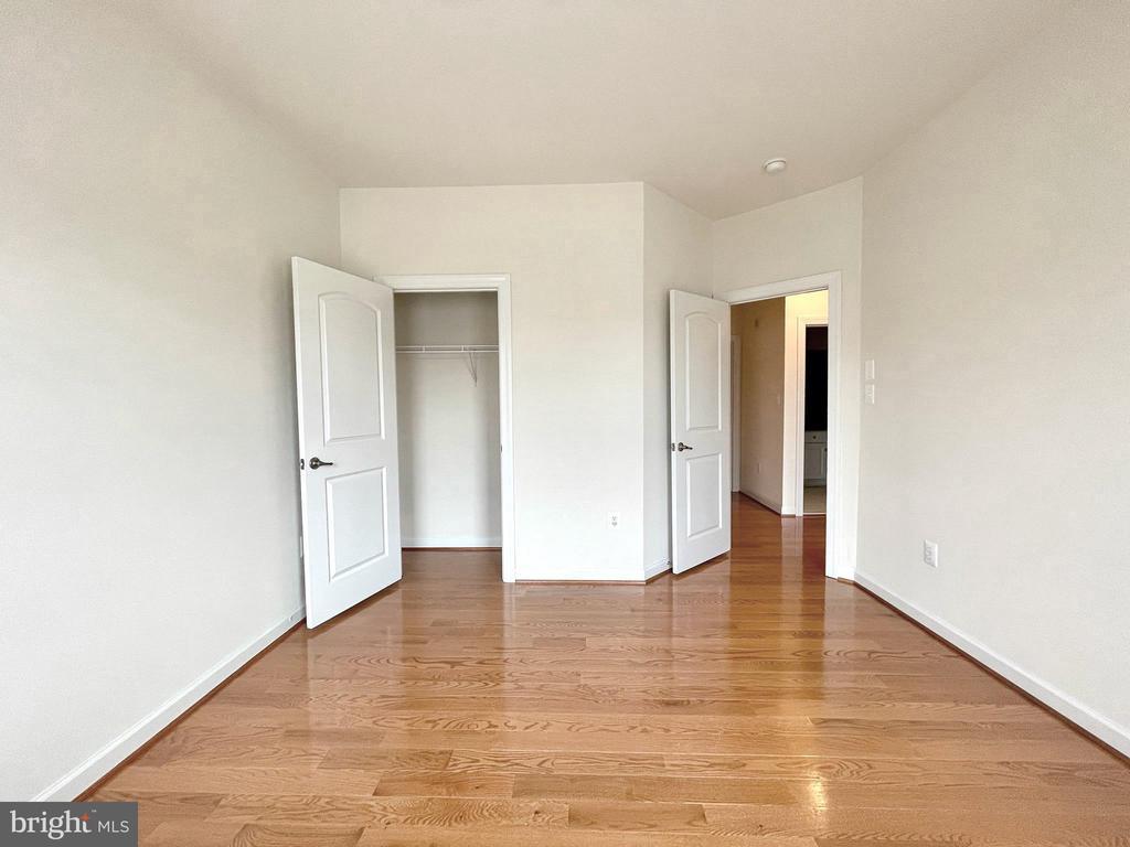 Guest bedroom 1 - 42603 OFFENHAM TER, CHANTILLY