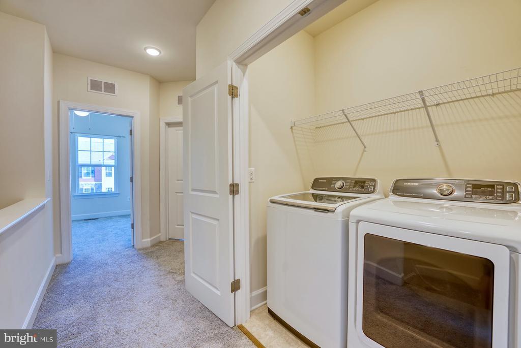 Laundry on upper level - 15281 CARTERSVILLE CT, HAYMARKET