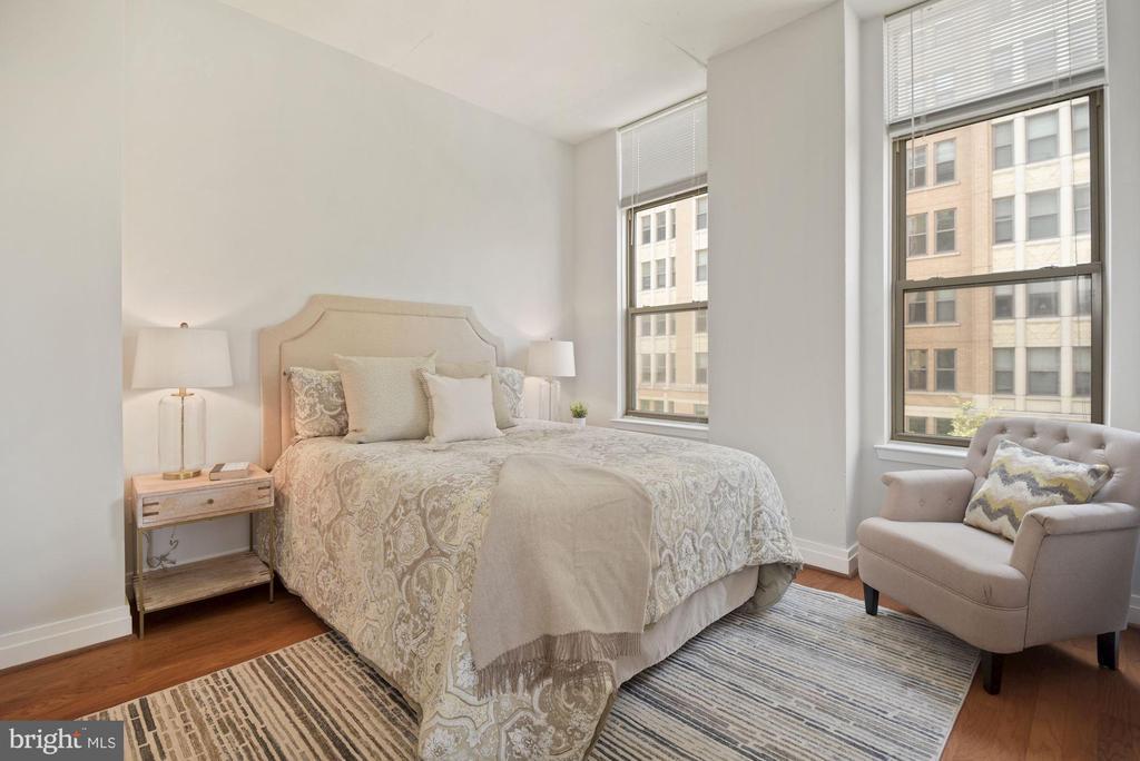 Two en-suite bedrooms! - 1205 N GARFIELD ST #408, ARLINGTON