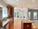 Granite counter kitchen - 18494 QUANTICO GATEWAY DR, TRIANGLE