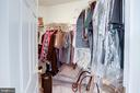 One of two walk-in closets - 25891 MCKINZIE LN, CHANTILLY