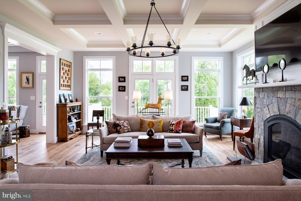 Family room - shown with options - 17711 AIRMONT RD, ROUND HILL