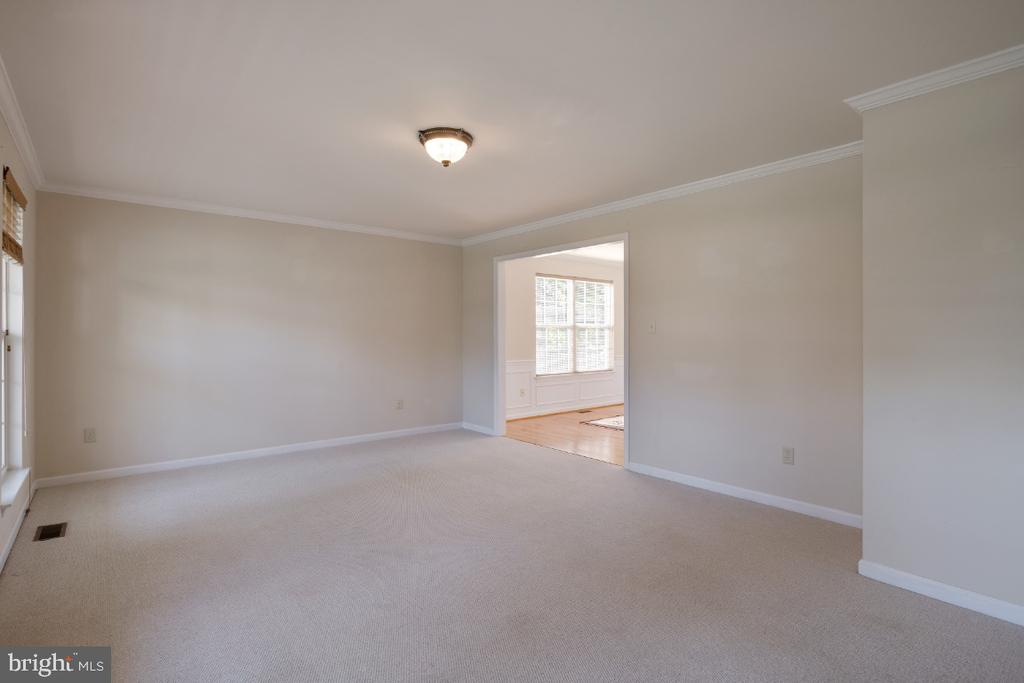 The Large Formal Living Room. - 513 EWELL CT, BERRYVILLE