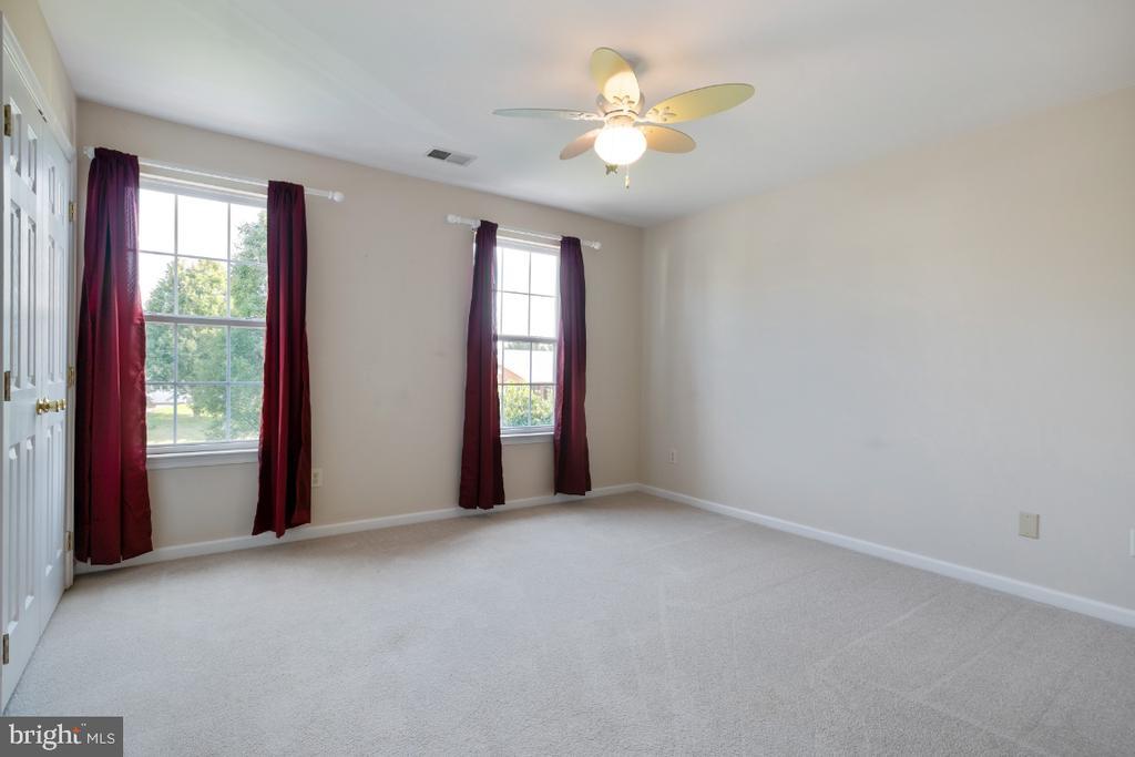 Bedroom #2 - 513 EWELL CT, BERRYVILLE