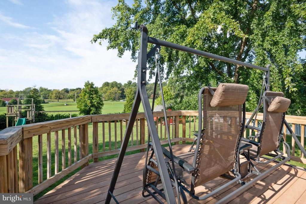 View From The Deck! - 513 EWELL CT, BERRYVILLE