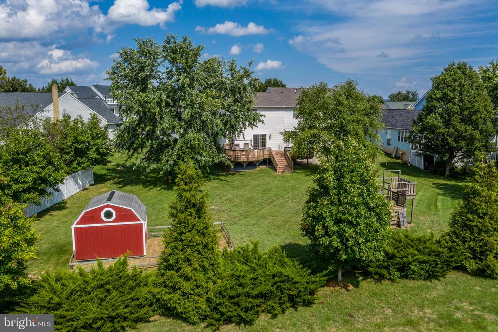 Perfect For Entertaining! - 513 EWELL CT, BERRYVILLE