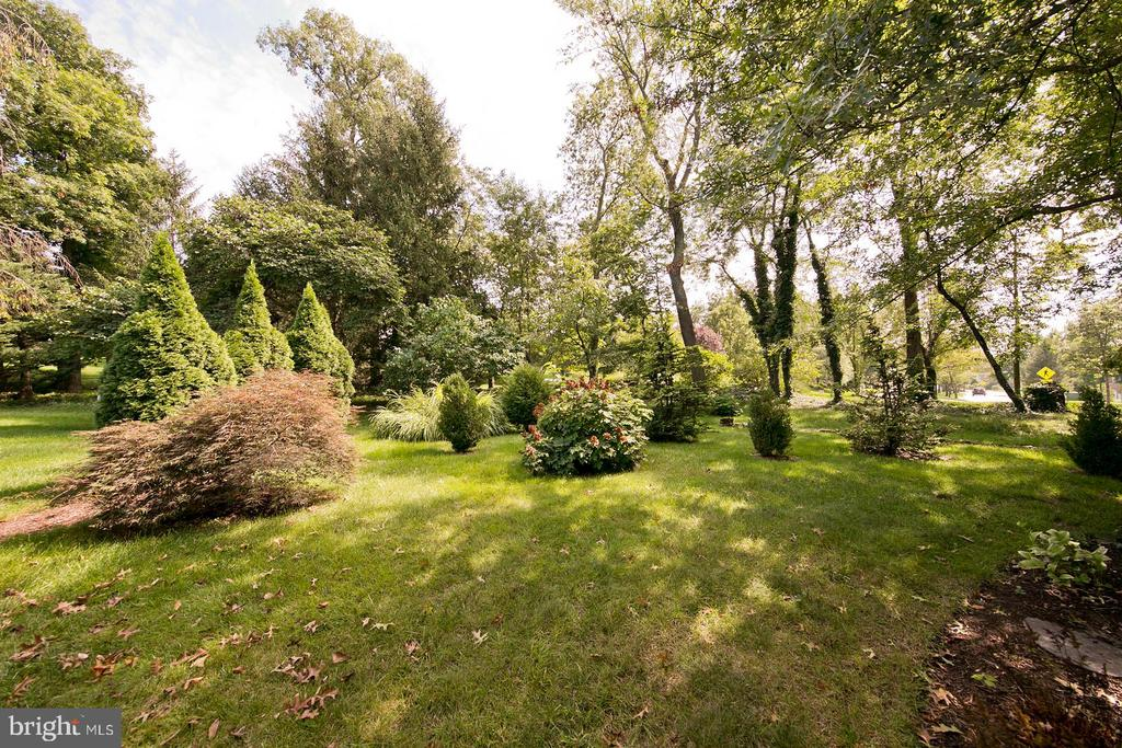 another enterior view - 1432 RAMSEUR LN, WINCHESTER