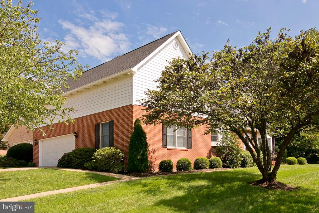 another exterior view of home - 1432 RAMSEUR LN, WINCHESTER