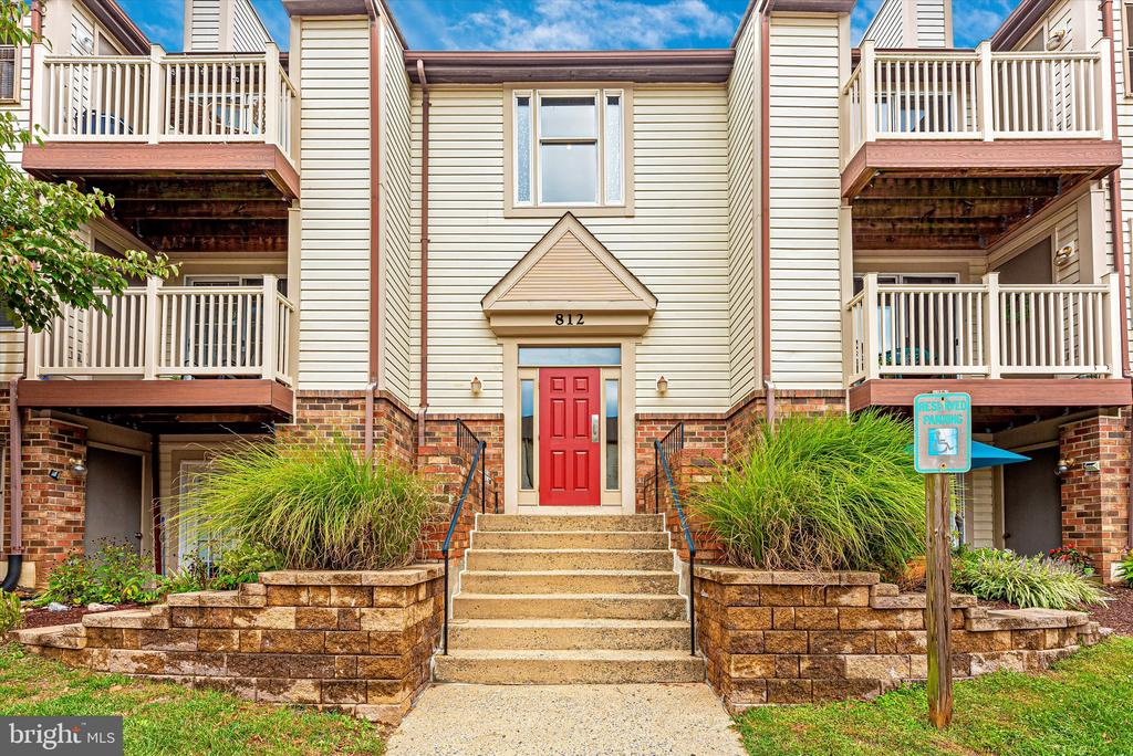 Come on in.... - 812 STRATFORD WAY #F, FREDERICK