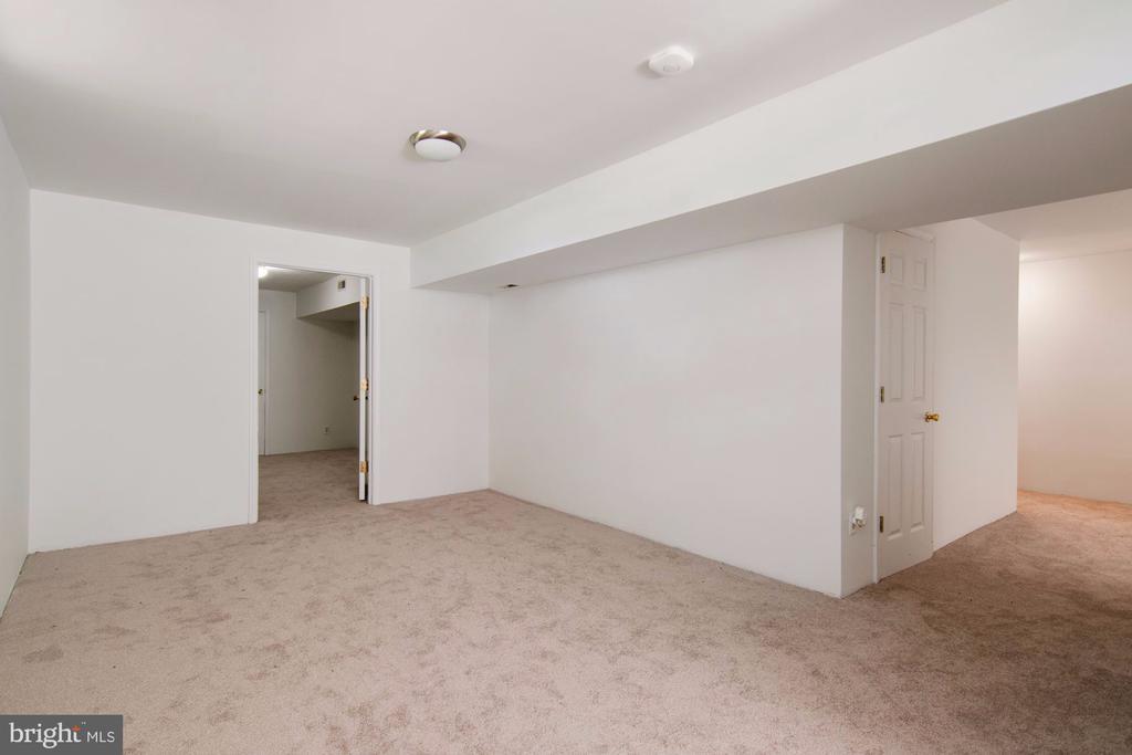 Bonus room - 205 SAIL CV, STAFFORD