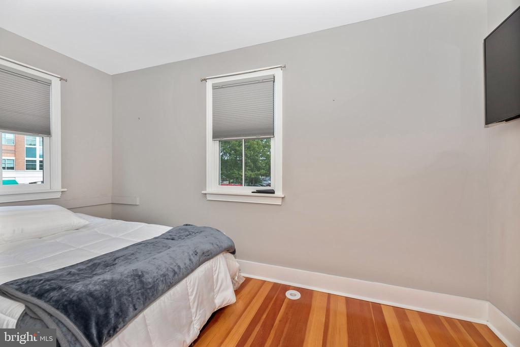 2nd Bedroom 24 - 24 S COURT, THRU 26 ST, FREDERICK