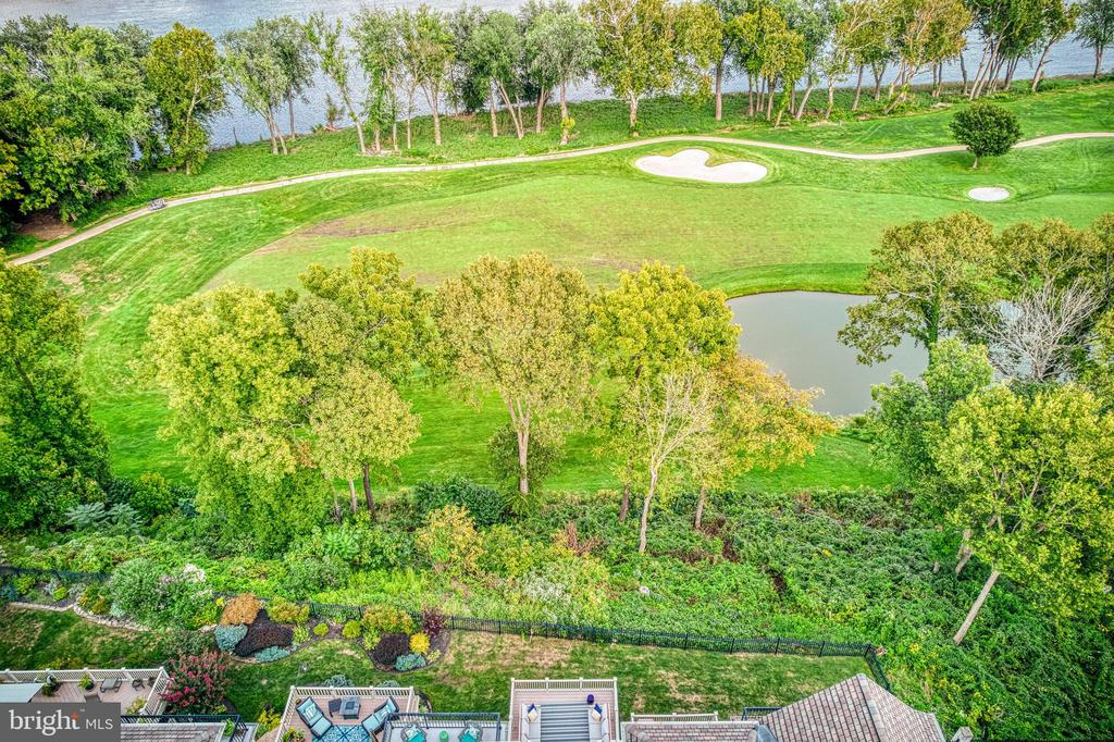 Stunning views from all levels!! - 18362 FAIRWAY OAKS SQ, LEESBURG