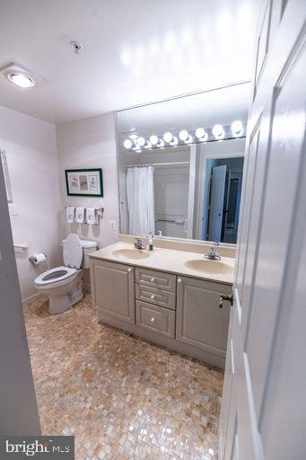 Prim bathroom - 19375 CYPRESS RIDGE TER #711, LEESBURG