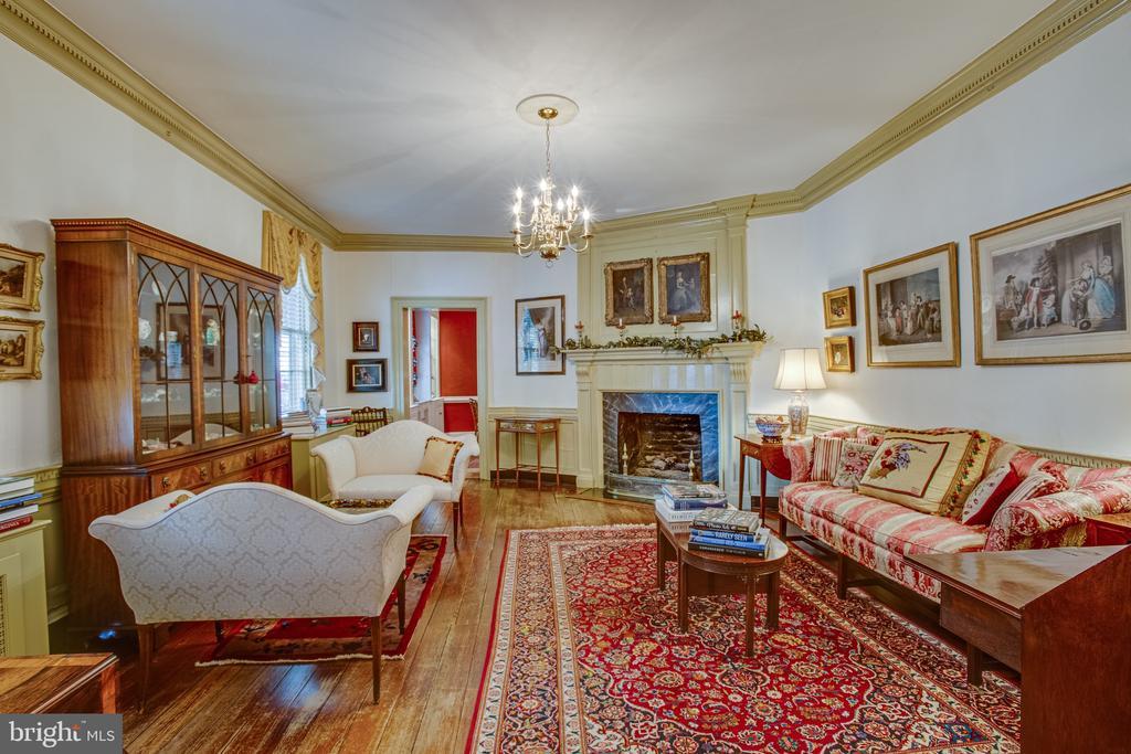 Formal living room - 1501 CAROLINE ST, FREDERICKSBURG