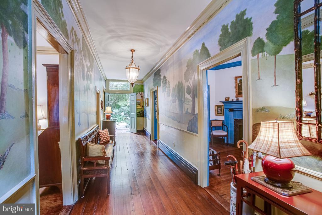 Gleaming foyer with custom mural by Jim Eagan - 1501 CAROLINE ST, FREDERICKSBURG