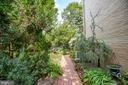 Brick walkway wanders to backyard - 1501 CAROLINE ST, FREDERICKSBURG