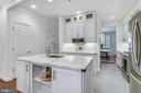 Kitchen - 1326 N CLEVELAND ST, ARLINGTON