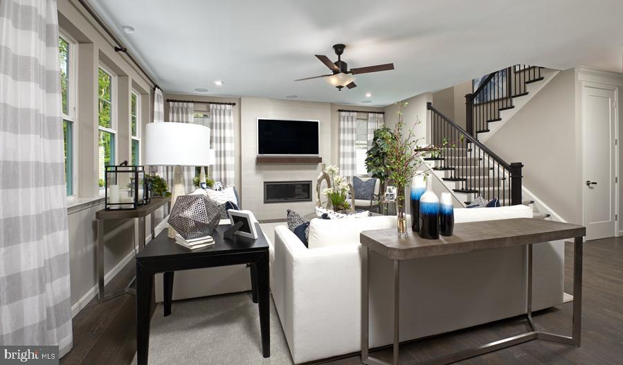 Model Home - INVERLEE WAY- HEMINGWAY, WINCHESTER