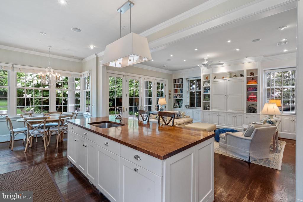 Open Kitchen/Family Room and Breakfast Area - 1644 AVON PL NW, WASHINGTON