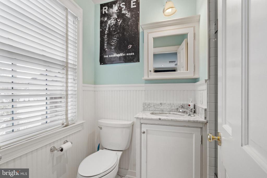 Bathroom - 1644 AVON PL NW, WASHINGTON