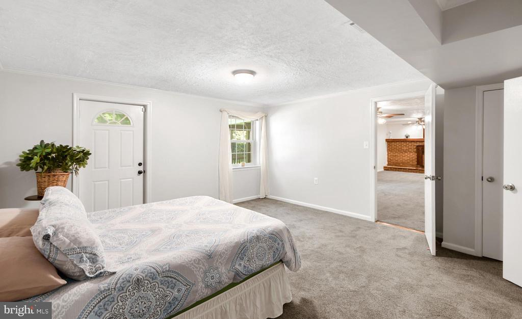 4th Bedroom with private entrance - 2036 FIRE TOWER LN, IJAMSVILLE