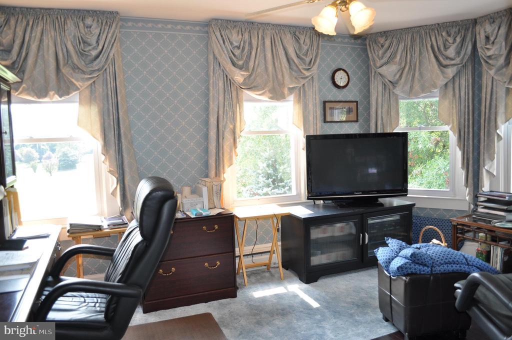 Second bedroom - 11690 FREDERICK RD, ELLICOTT CITY