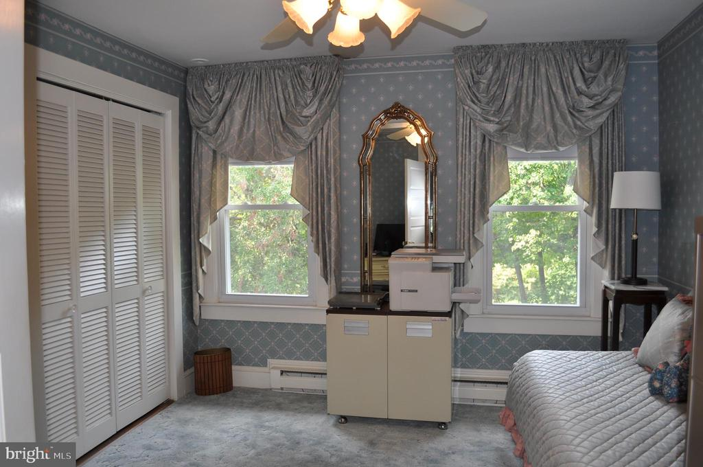 Third bedroom - 11690 FREDERICK RD, ELLICOTT CITY