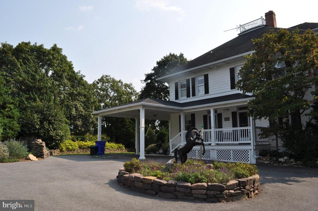 Back of house and service drive - 11690 FREDERICK RD, ELLICOTT CITY