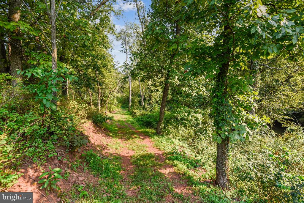 Heron Natural Trail with 3 miles of trails - 45127 KINCORA DR, STERLING