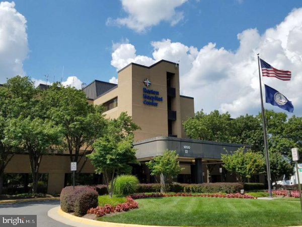 and to Reston Hospital, as well as.... - 505 ASPEN DR, HERNDON