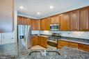 Ample countertop and cabinet space - 68 TABLE BLUFF DR, FREDERICKSBURG