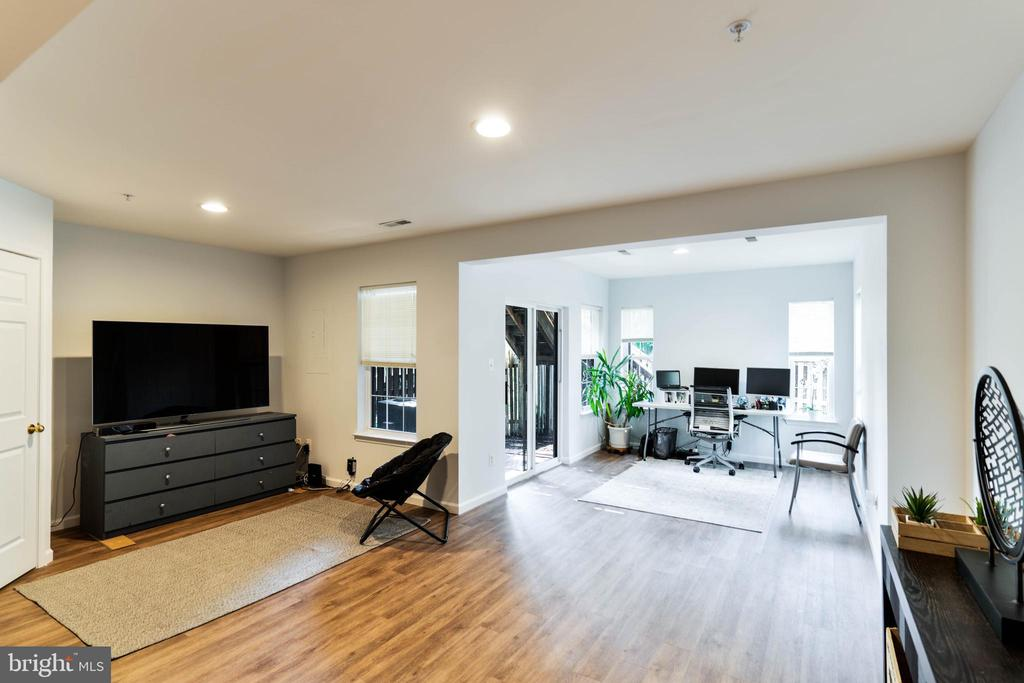 Fully Finished Basement 2 - 42885 GOLF VIEW DR, CHANTILLY