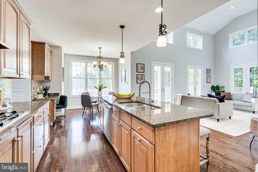 View to the fabulous Great Room - 1822 ANDERSON RD, FALLS CHURCH