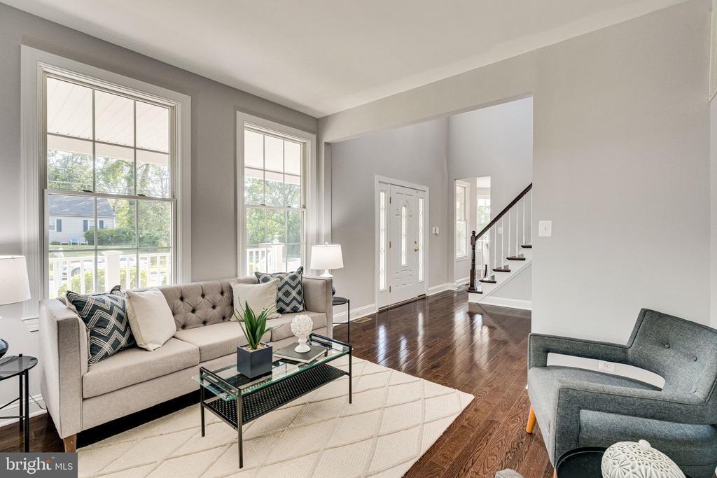 Sunny Living Room - 1822 ANDERSON RD, FALLS CHURCH