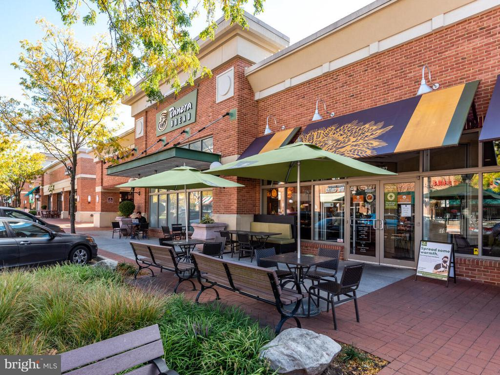 More eateries - 43610 HAMPSHIRE CROSSING SQ #AD-205, LEESBURG
