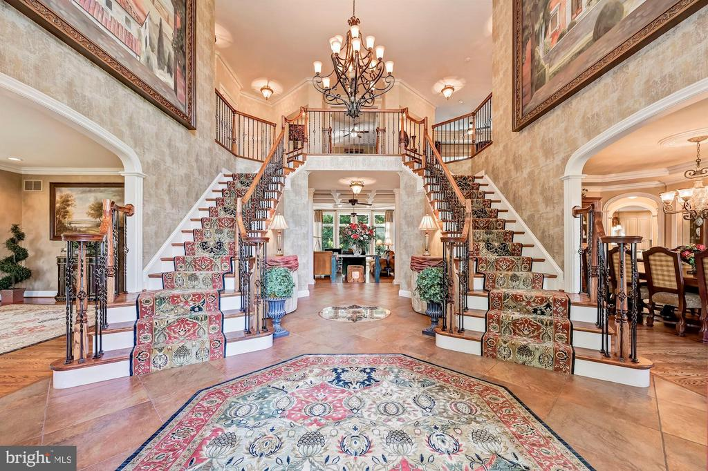Grand Two Story Foyer - 10901 TOMPKINS WAY, WOODSTOCK