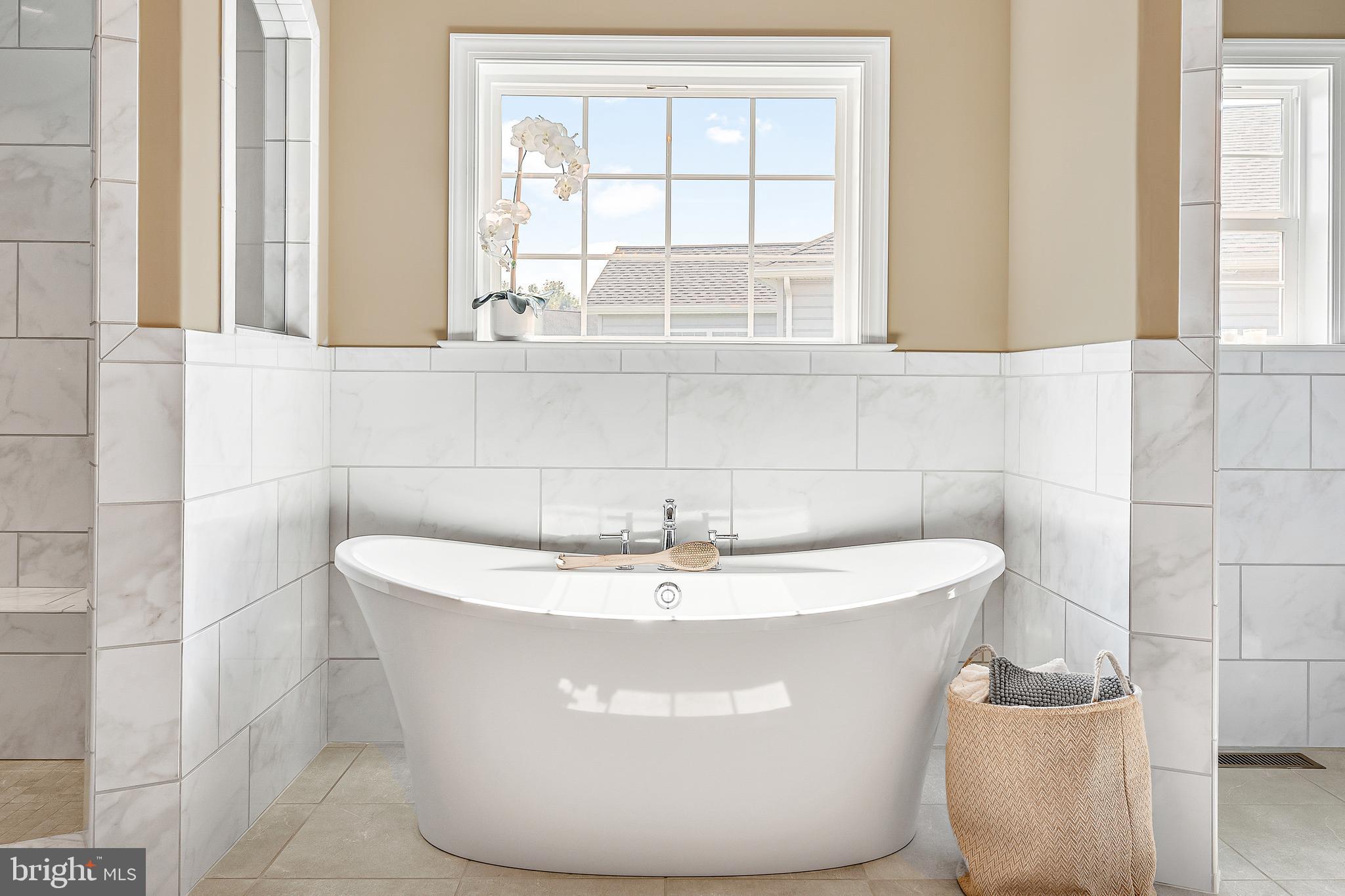 Slipper tub-just add bubbles!