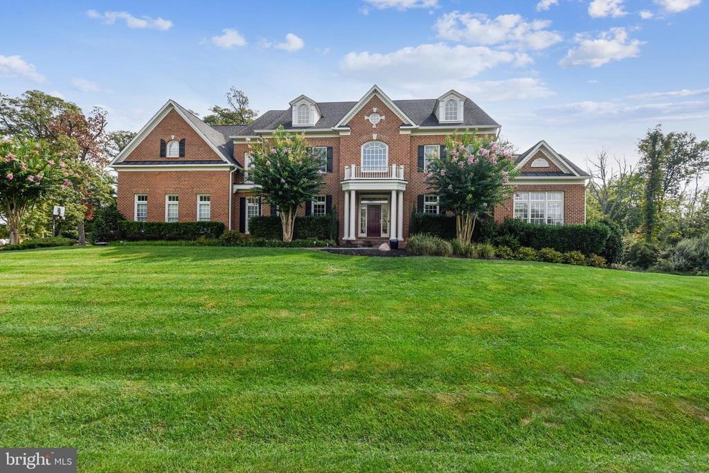 19186 CHARANDY DR...Welcome�Home! - 19186 CHARANDY DR, LEESBURG