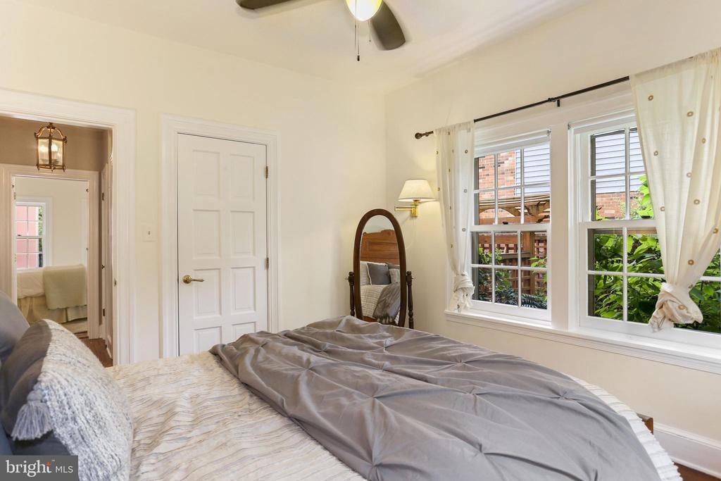 Bedroom on Main Level - 408 JACKSON PL, ALEXANDRIA