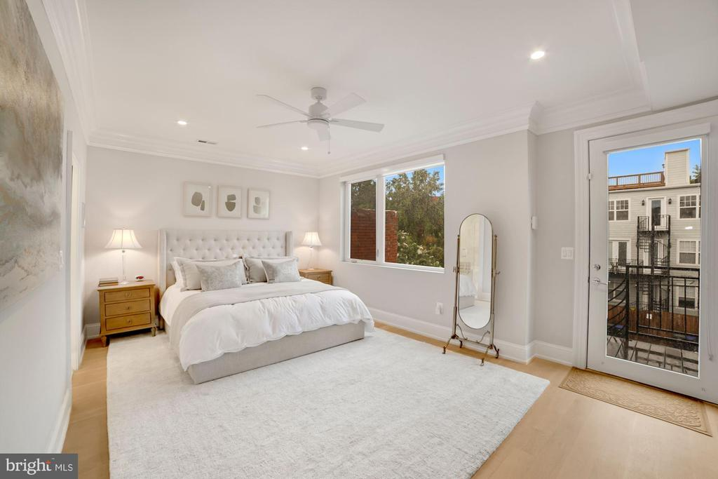 Primary Bedroom with Sheers and Blackout Shades - 1918 11TH ST NW #B, WASHINGTON