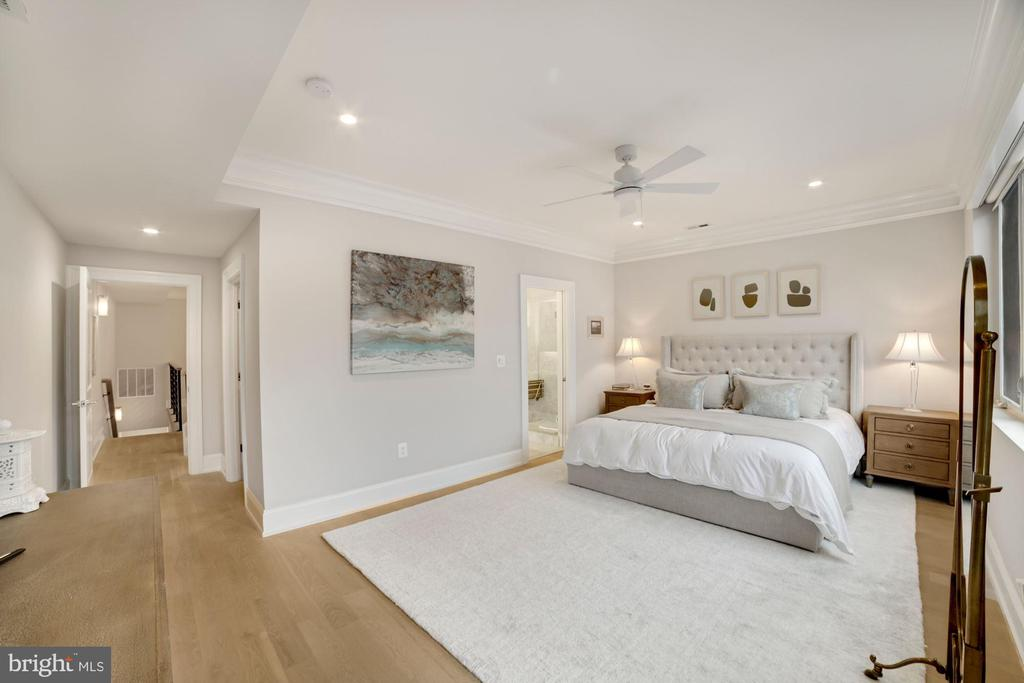 Primary Bedroom w/Ceiling Fan and Recessed Lights - 1918 11TH ST NW #B, WASHINGTON